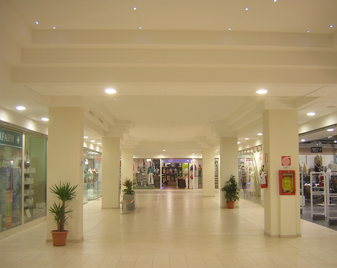 2007-Centro-Commerciale-e-Cinema-Multisala-14