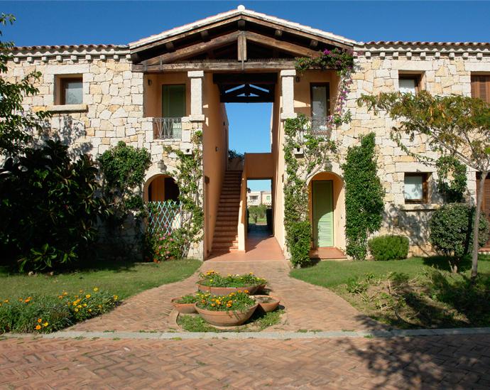 2008-Intervento-turistico-residenziale-Borgo-di-Porto-San-Paolo-5